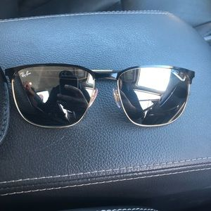 Ray Bans shades